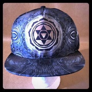 THE HEADSPACE Mugwart Trucker Hat Adjustable Cap